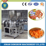 cheetos de casse-croûte de kurkure faisant la machine