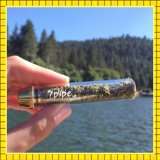 Сухая трава куря с стеклом системы фильтра тупым