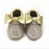 サンダル: 革赤ん坊靴01