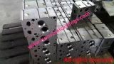 鉄小松かKubotaか大宇エンジンのシリンダーヘッドの鋳造