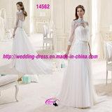 長い袖が付いている特別で細く高いカラーウェディングドレス