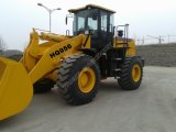High Quality를 가진 강한 4 Wheel Drive Articulated Loader (Hq956)
