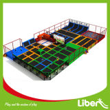 Commercialのための最も新しいCustomized Design Indoor Trampoline Center