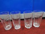 ハンドメイドの押された飲むガラスのコップのガラス製品のKbHn0549