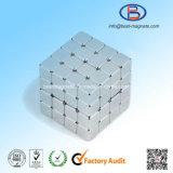 10X10X10高精度の小さい常置NdFeBの磁石の立方体