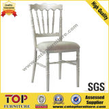 Weißes Aluminium-örtlich festgelegter Kissennapoleon-Stuhl