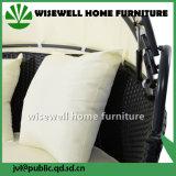 등나무 침대 겸용 소파 가구는 닫집 (WXH-052)로 놓았다