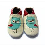 Кожаный крытые ботинки младенца 022 малыша