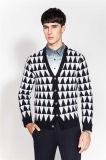 l'inverno delle lane 100%Merino ha modellato il cardigan lavorato a maglia degli uomini con il tasto