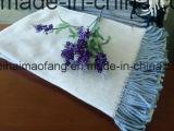 編まれたヘリンボン綿の投球毛布