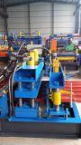 Tuile hydraulique d'opération formant la machine avec l'excellent ingénieur