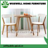 Tipo vector y silla de madera de roble de cena