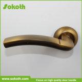 Sokothの工場高品質のきれいなアルミニウムドアロックのハンドル