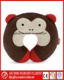 Милая мягкая подушка шеи с плюшевым медвежонком плюша