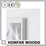 Cornice di legno bianca di stile semplice per la decorazione della Tabella
