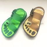 Sandalo del capretto con il PVC Outsole