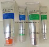 Tubo de empaquetado cosmético para la despedregadora facial, con el tapón de tuerca de acrílico