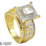 14k 금은 925의 은 입방 지르코니아 형식 반지를 도금했다