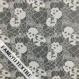 Tessuto del merletto del cotone di disegno del cranio per il vestito