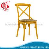 최신 판매 가정 가구를 위한 의자를 식사하는 싼 십자가 뒤 금속