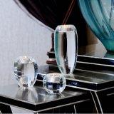 De eenvoudige Kandelaar van de Houder van de Kaars van het Kristal voor de Decoratie van het Huwelijk
