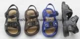 、安い価格唯一、PVCが付いている子供の偶然のスリッパ子供フリップの美しいデザインサンダルはむち打つ製造者(FFLT1019-01)を