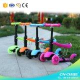 3人の車輪の子供の蹴りScooter 1台の子供のスクーター押しのバイクに付き市場2台の2017新しいデザイン