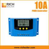 PWM 10AのUSBの料金12V 24V LCDの表示が付いている太陽料金の調整装置のコントローラ