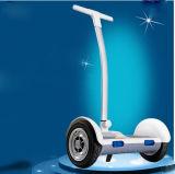 Heißer verkaufenselbst zwei Rad-2016, der elektrischen Roller mit Griff Ce/FCC balanciert. RoHS
