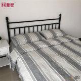 El lecho de lino natural del 100% fija ropa de cama
