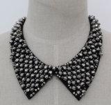 Manier om Nauwsluitende halsketting van de Halsband van de Namaakbijouterie van het Kristal de Ruige (JE0123)