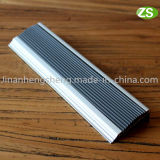 De Gelamineerde Trede die van het Aluminium van het metaal voor de Bescherming van de Rand van de Trede besnuffelen