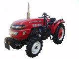 농장 Machinery Tt404 40HP 4WD Tractor는 Farm에 Working이다