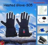 Doublure de gant de chauffage par batterie de sauveur pour l'usage de l'hiver, gant chaud avec 3-8 heures Using, à l'extérieur sports de porte
