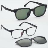 Clip courant en gros d'Utum de qualité sur les lunettes de soleil Tj009 de mode d'Optique-Lunettes de soleil