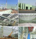 Edificios de acero industriales del marco del metal porta de la estructura con la grúa