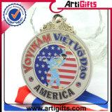 金によってめっきされる金属の習慣メダル