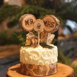 Cappello a cilindro unico della torta di cerimonia nuziale della sig.ra & del sig. Wood