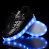LEIDENE van de Schoenen van de Jonge geitjes van de Lader USB de Lichtgevende Loopschoenen van Lichten