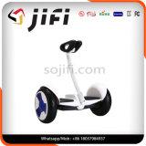 Modèle neuf Xiaomi Ninebot, individu de vente chaude équilibrant le scooter électrique avec le traitement