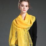 صفراء بوليستر [شفّون] وشاح شريط شال لأنّ نساء