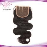 Fechamento fabuloso do laço da forma de W do cabelo do Virgin da onda do corpo do cabelo