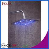 Il colore sottile del rubinetto della stanza da bagno della testa di acquazzone di pioggia di Fyeer LED è cambiato dalla temperatura dell'acqua