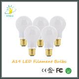 O certificado listado RoHS/FCC A19/A60 complacente do UL /Ce do bulbo novo do diodo emissor de luz aquece a lâmpada branca