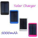Batería solar 8000mAh de la energía solar del teléfono móvil de la fuente de alimentación del cargador