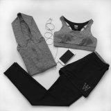 Mujeres tres pedazos de la gimnasia de la compresión del Spandex del entrenamiento de la ropa de deportes corriente de la yoga