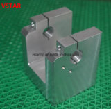 OEM Hoge Precisie CNC die het Werktuig van het Aluminium voor AutoDeel machinaal bewerken
