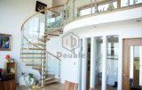 Fabricantes de la escalera/escalera espiral de cristal usada con las pisadas de madera sólida