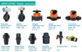 Vávula de bola del socket del PVC para el abastecimiento de agua con ISO9001