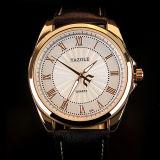 Wristwatch кварца дела новых людей